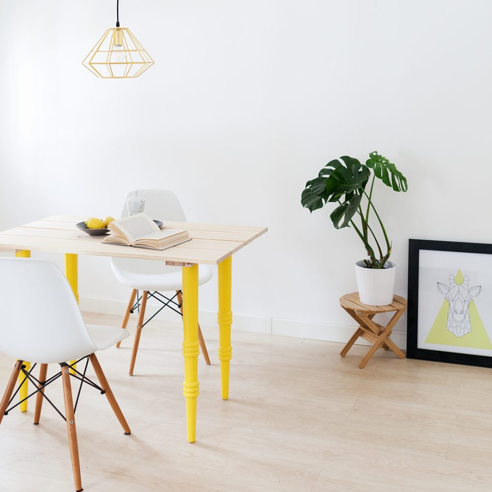 Nouvel amarillo 700 pata de madera para mesas o tableros for Patas para mesas ikea